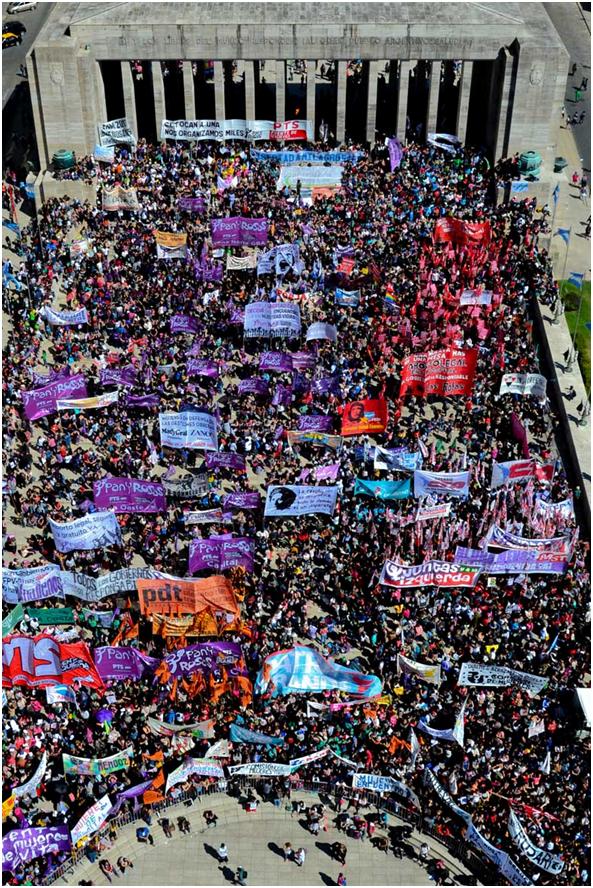 """Argentine : """"CHAPEAU"""" à la  31º Rencontre Nationale des femmes"""""""