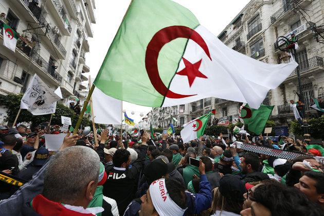 Algérie: un éveil politique et social