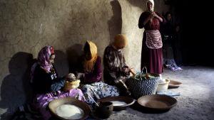صورة نساء المغرب : رهائن الليبرالية